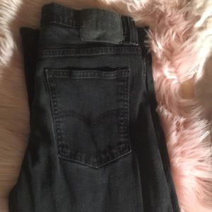 Levis Strauss black stretchy jeans.